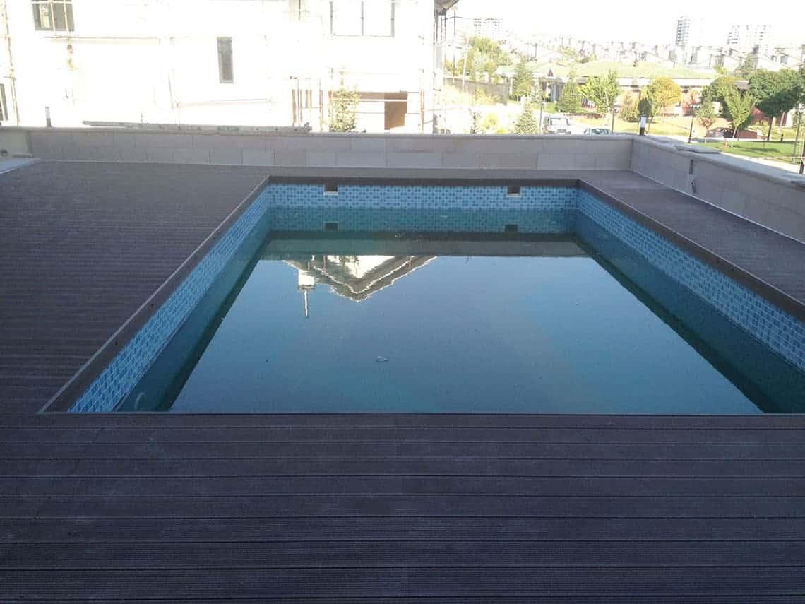 Kompozit Deck: Havuz Kenarı Zemin Kaplaması